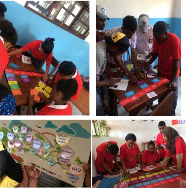 Siswa sedang asyik mengerjakan permainan edukasi kesehatan reproduksi dalam kegiatan Youth Choose